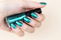 gostei-e-agora-esmalte-arrase-na-pista-avon-color-trend-verde-metalizado-03