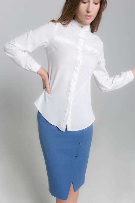 Молочная блуза