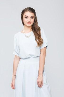 Свободная блуза голубая