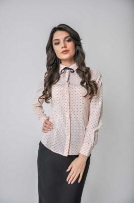 Розовая блуза в горох