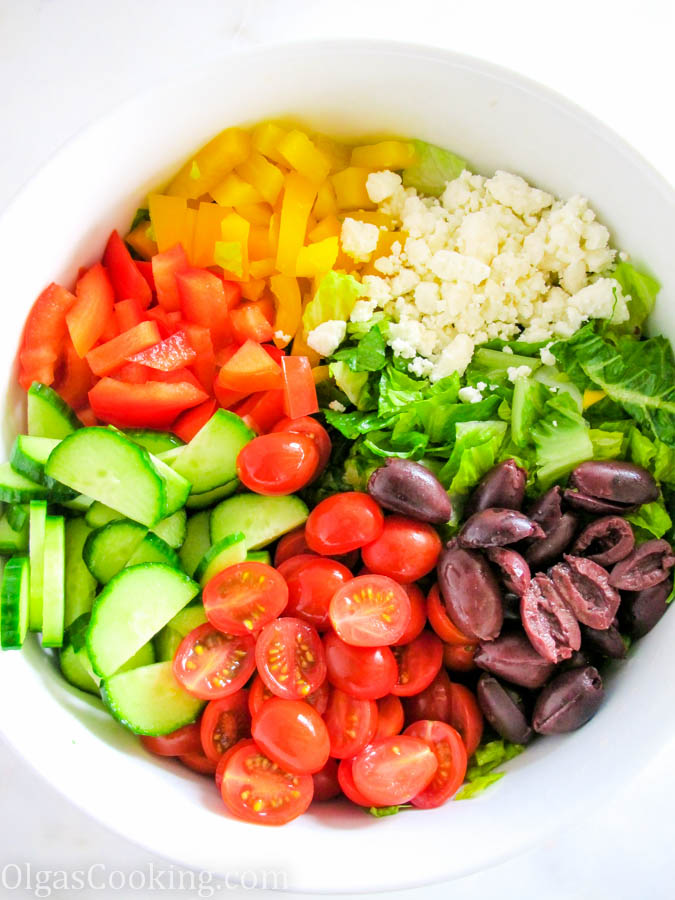 Healthy and Delicious Greek Salad Recipe