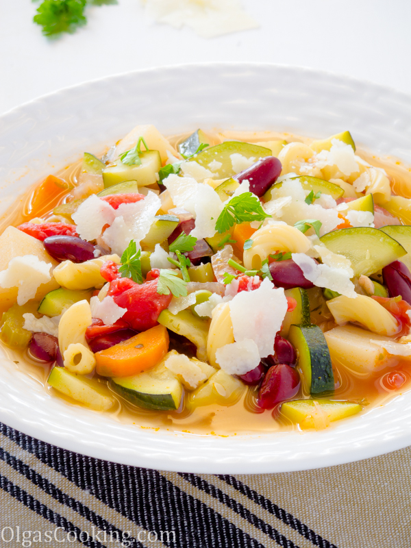 rich and flavorful minestrone soup