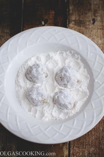 Meatballs in Almond Sauce-1-12