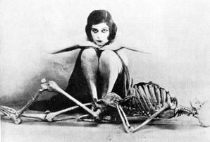 theda-bara-skeleton