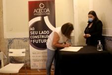 Secretária- Elisa Mendonça