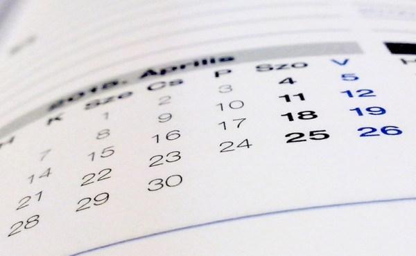 Veja o calendário na hora de escolher o que levar na mala de viagem