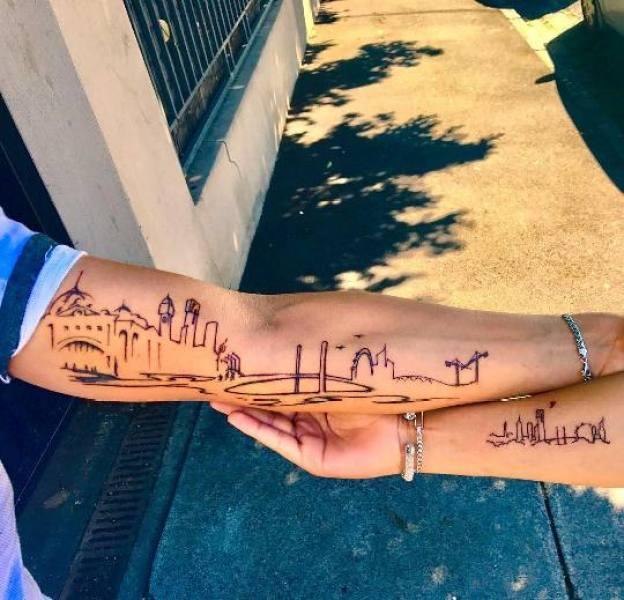 Uma das mais tradicionais tatuagens de viagem são as tattoos de skyline ou arranha céus