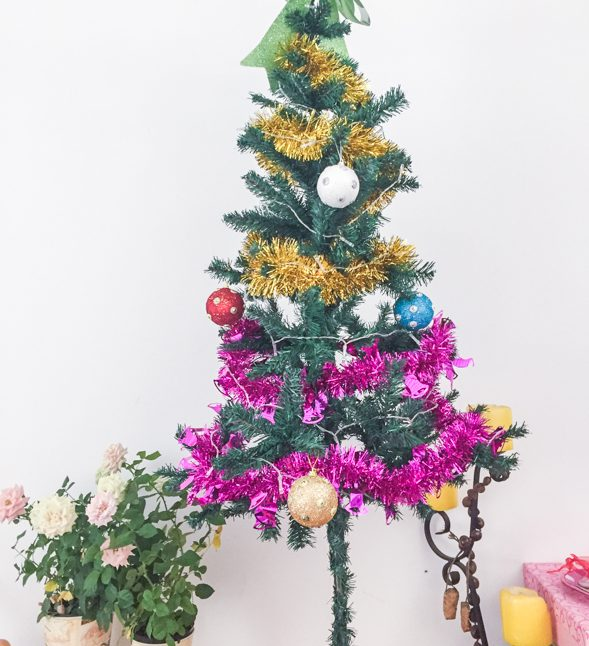 christmas tree, china shop, christmas ornaments
