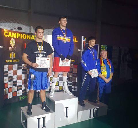 buhaaa 1 - Două medalii pentru boxeri