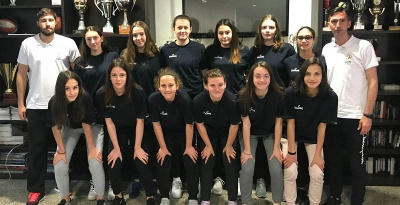 turcia 1 - Două baschetbaliste la naționala U15