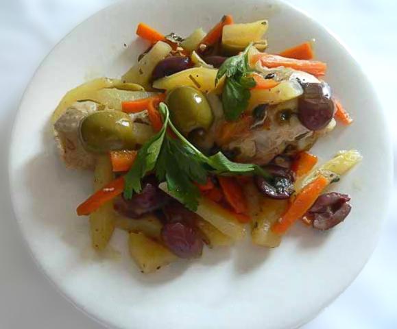 Fusi di Pollo Patate e Olive
