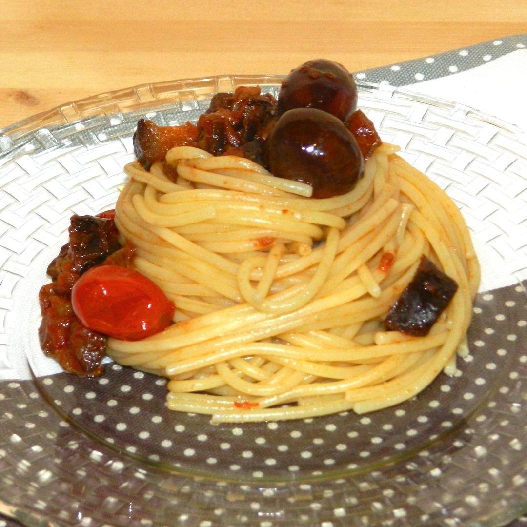 spaghetti olive melanzane