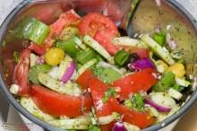 Tomaten Gurken Salat