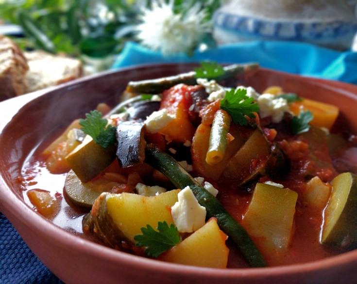Vegetable Casserole Stew Recipe with Potatoes, Beans and Eggplant