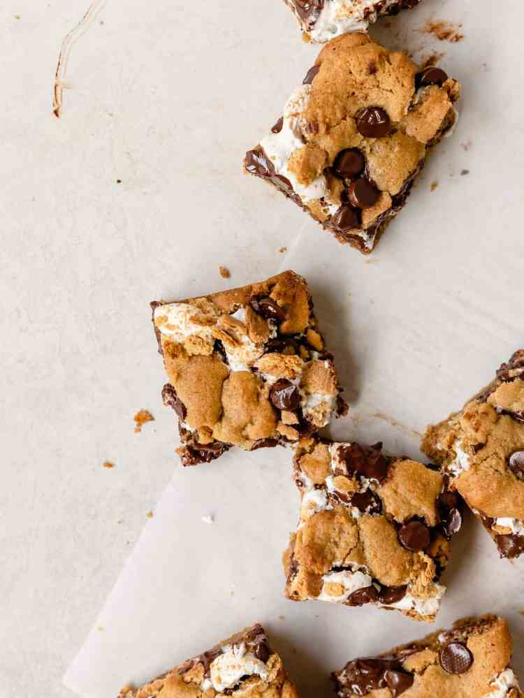 pieces of s'mores tahini cookie bars