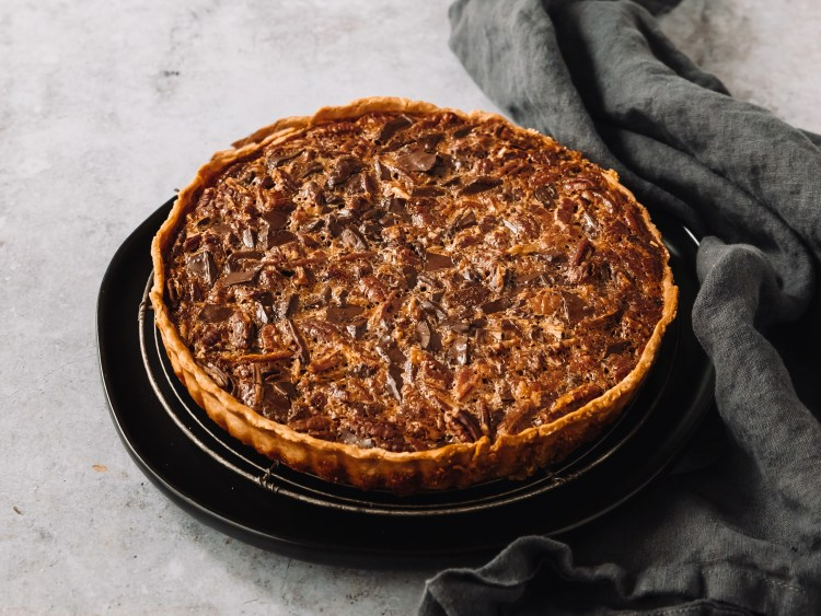 chocolate maple pecan tart