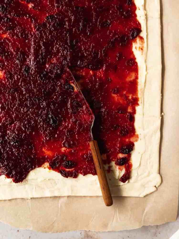 creamy cranberry sweet rolls