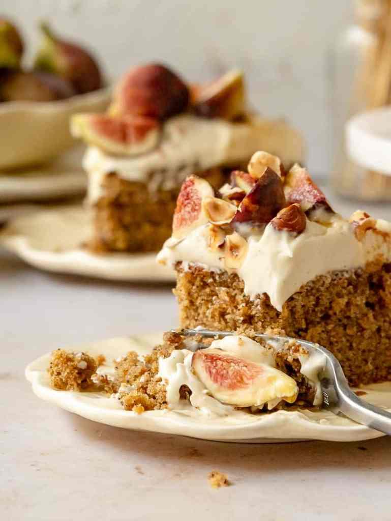 spiced fig hazelnut cake