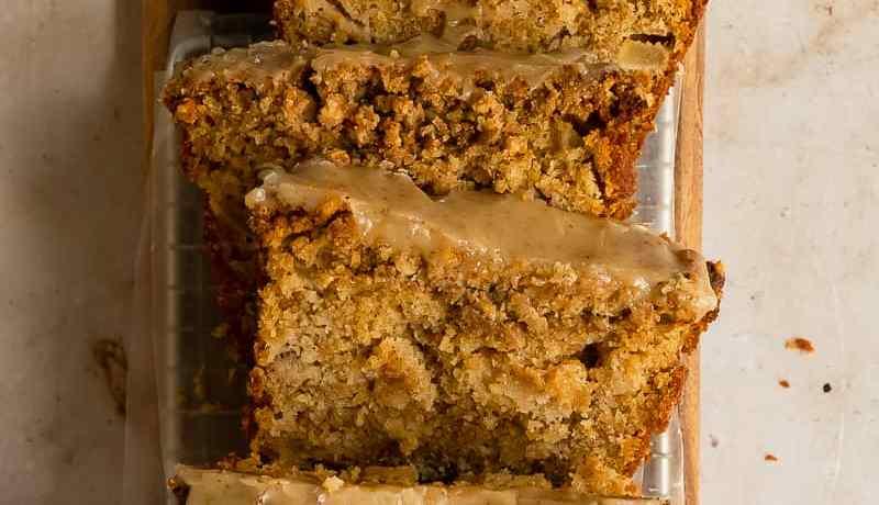 maple apple loaf cake