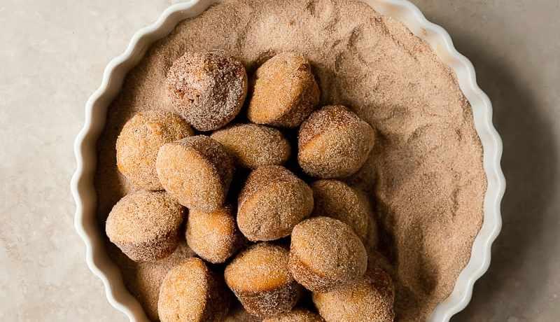 apple cider donut muffins