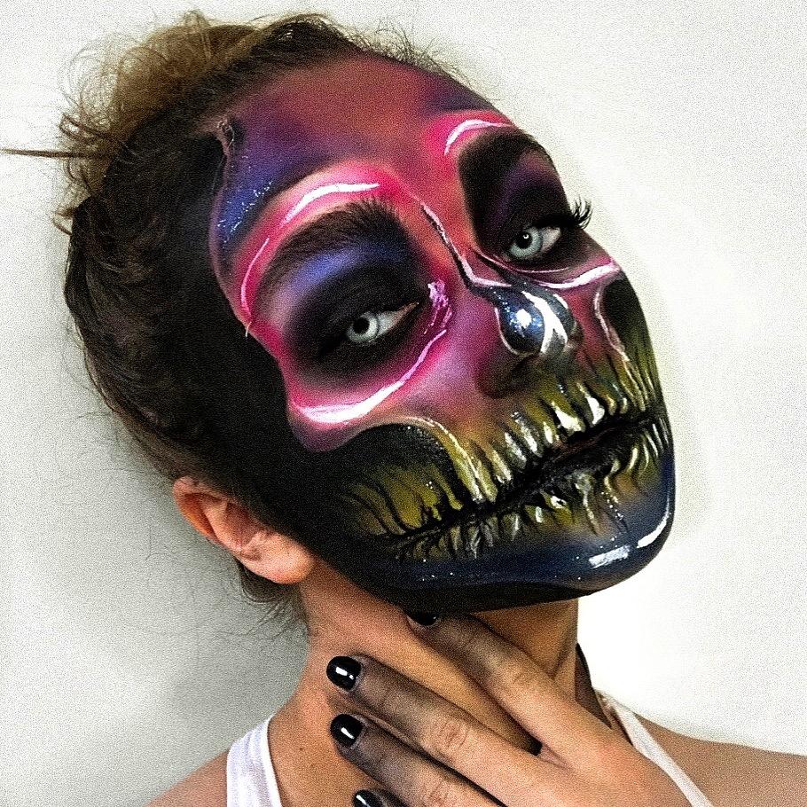 halloween colour skull
