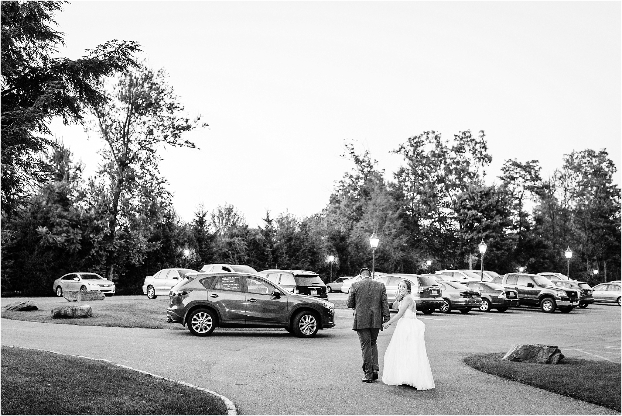 Poconos-Wedding-Stroudsmoor Country Inn-Philadelphia Wedding Photographer