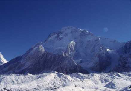 Le Broad peak ou Falchen Kangri (8047m) le 15 août 1999