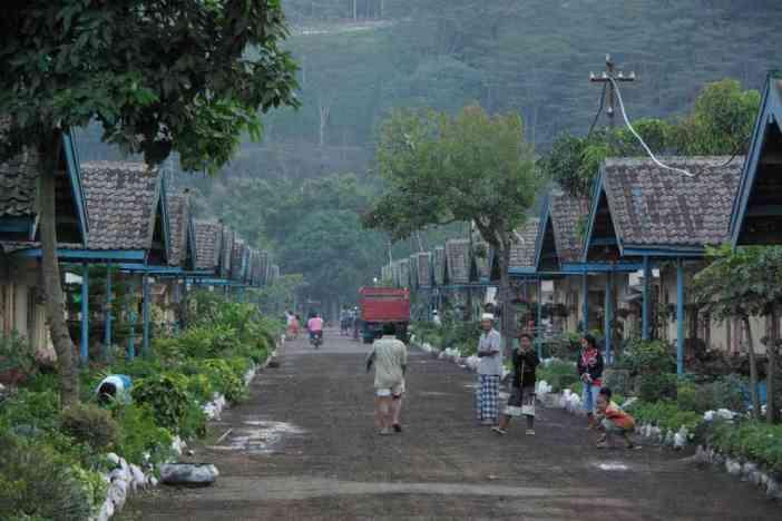 Maisons ouvrières à Blawan, le 15 juillet 2007