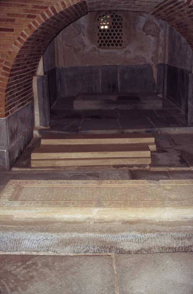La crypte du mausolée de Gour Émir, le 26 août 2004