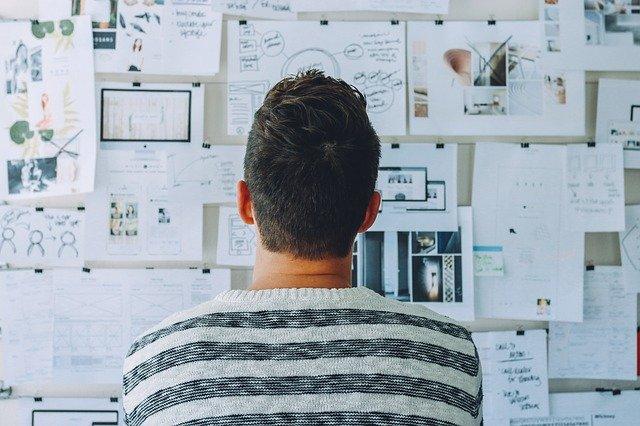 créer une entreprise à coté de son emploi ou de ses études
