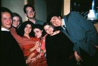 1993 Bucarest petite fete avec les amis