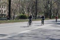 2014 USA NY faire du vélo à Central Park