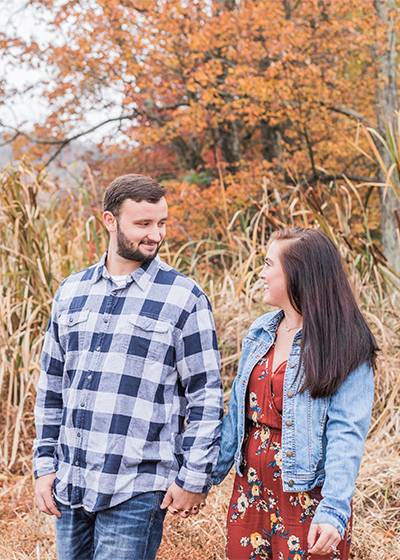 Gettysburg-Pennsylvania-Wedding-Photographer-Orchard-Engagement-Session