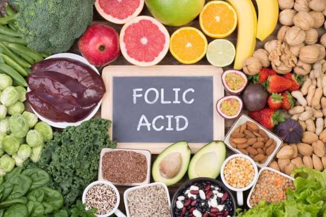 Kwas foliowy – właściwości, działanie i zastosowanie