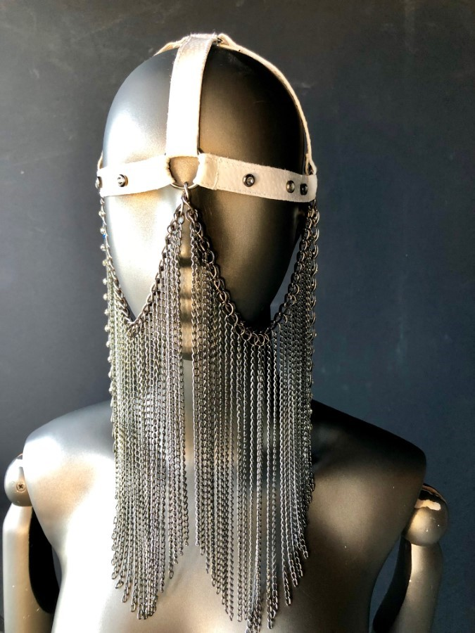 Face Mask Gaga - white leather, silver chain