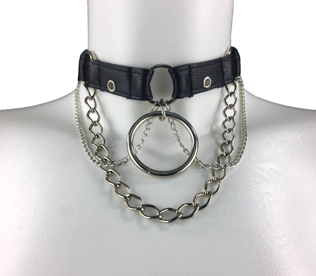 Necklace Berlin Central - black leather, silver chain