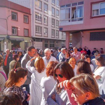 300 persoas concentradas no Centro de Saúde exixen ao Sergas reforzo e continuidade da atención