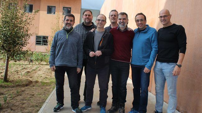 Sánchez e Turull comezan unha greve de fame para denunciar os obstáculos do Tribunal Constitucional ao Tribunal Europeo dos Dereitos Humanos