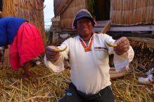 72 lake titicaca presidente nestor reed boat souvenirs