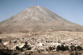 49 drive to arequipa airport misti
