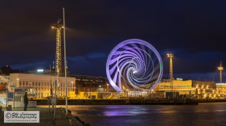 Ferris wheel in Katajanokka, Helsinki (7 Dec 2014)