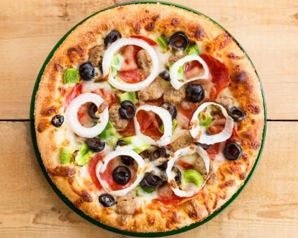 OlliOlivePizza_OlliSupremePizza_2880x2304