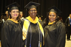 May2018Commencement-4