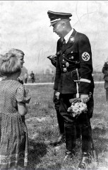 heinrich-himmler-nazi-germany-second-world-war-ww2-rare-pictures-photos-images.jpg