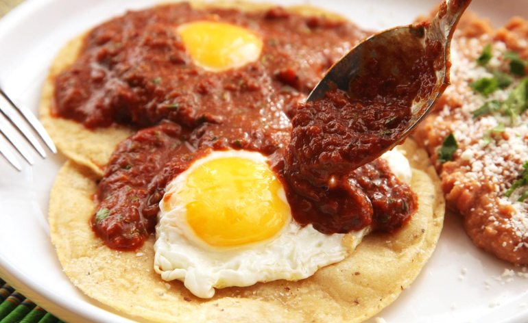 20150415-huevos-rancheros-easy-recipe-13
