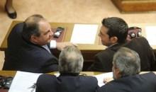 Καραμανλής και Τσίπρας συναντήθηκαν incognito (;) – Ποιά η στάση βουλευτών της ΝΔ