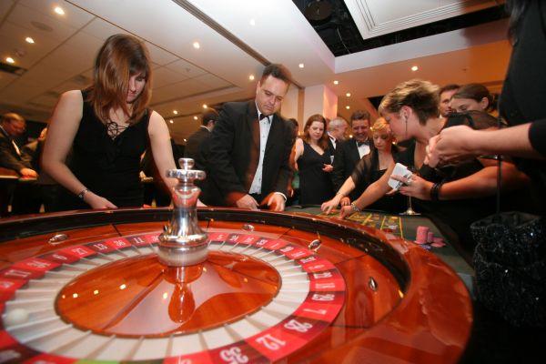 kazino krish giortes