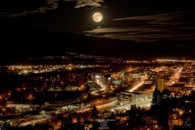 Landscape photoshoot of Supermoon in Kamloops