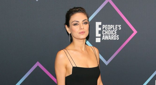 Victoria Beckham, Mila Kunis and more best-dressed stars at the People's Choice Awards