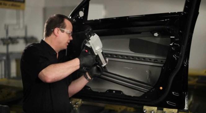 3M Tech Tips: Automotive Foam Applications in Door Skin Replacement